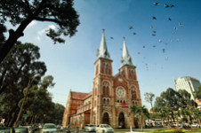 Saigon Notre Dame Cathedral - Must-known traveling to Ho Chi Minh City