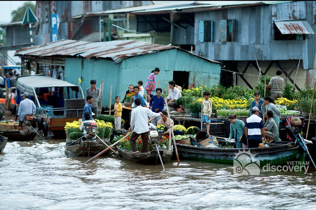 Cai Rang Floating Market Can Tho - Mekong Delta Tour 3