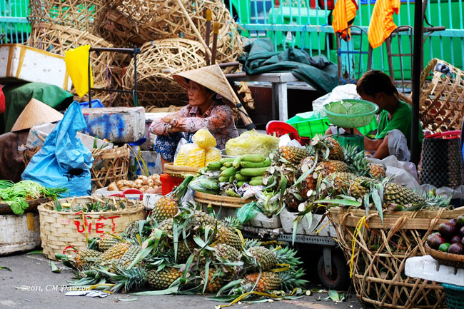 Pineapple store in Binh Tay Market - Ho Chi Minh City tour